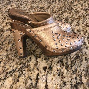 Bridget Shuster gold studded heels, size 8